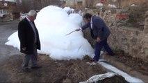 Niğde CHP'li Gürer: Esrarengiz Köpük Yüzünden 100 Bin Kişinin Sağlığı Risk Altında