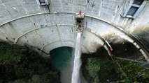 TOP 10 EMERGENCY WATER DISCHARGE _ MILLIONS OF CUBIC METERS OF WATER MERGE WITH THE DAMS