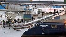Navire à voile arrivant à Bergen, en Norvège, après un voyage de trois mois à travers l'Atlantique.