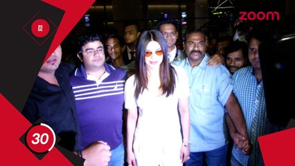 Priyanka Says She's Glad To Be Back,Akshay's Robot 2.0 To Release In 2019