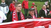 Le soutien des supporters avant le derby