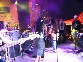 I-Nesta feat SoldJah Band  ( Show Gondwana en Panama )
