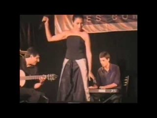 Claudia Armani - Yo no se que me han hecho tus ojos- de Francisco Canaro COSQUÍN