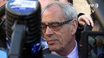 """Hollande rend hommage à Henri Emmanuelli, un """"être libre"""""""