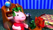 Peppa Pig Play-Doh Toilet Training Accident Pees Her Pants and Poops Peppa Pig pees her pa