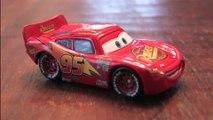 LIGHTNING MCQUEEN Disney Pixar Cars review by CGR Garage