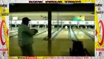 Bowling Atışı Artislik Yaparken Rezil Oldu  Komik Video lar izle