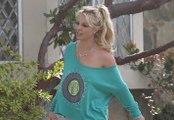 Britney Spears Caught Braless Amid Boyfriend Drama