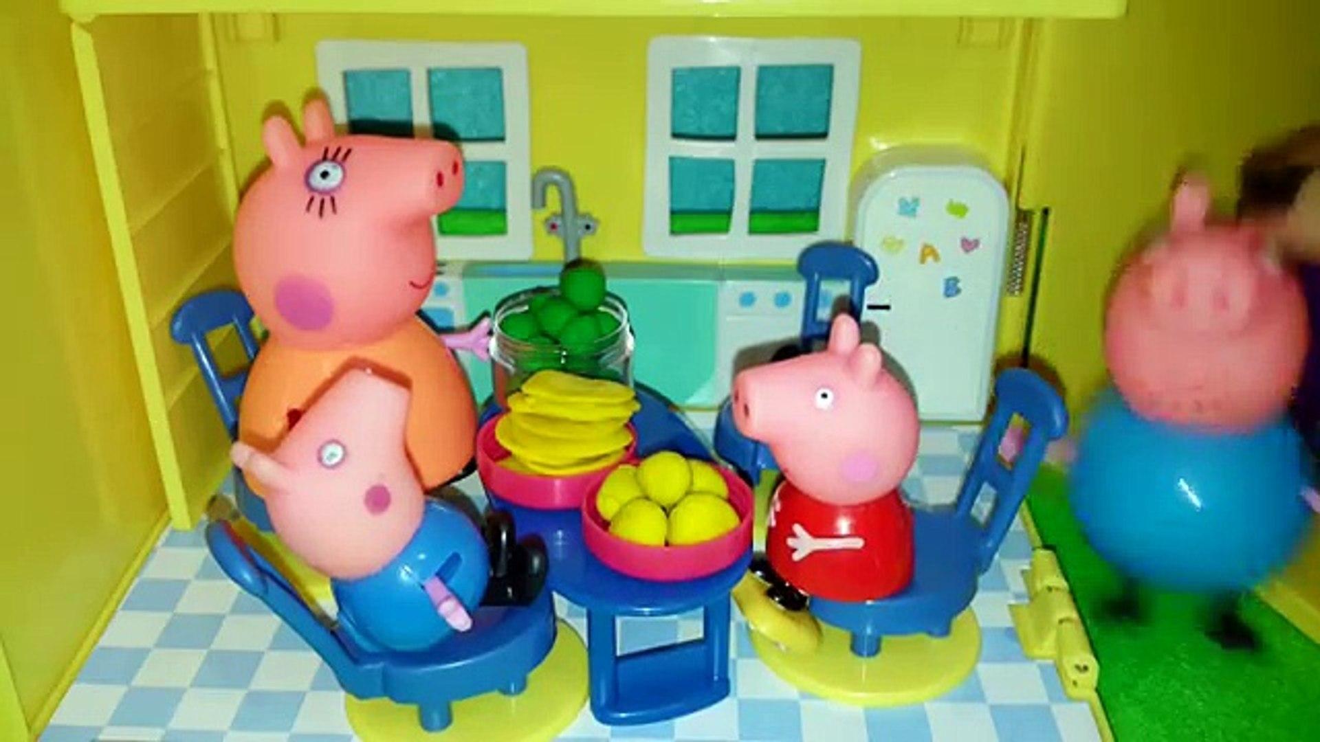 Peppa Pig Garden Свинка Пеппа Огород Собирают овощи ペッパピッグ庭の野菜を収集 MLG Peppa goes in grandp