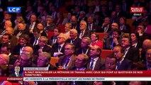 Emmanuel Macron hué par les maires en appelant à de nouvelles baisses de dépenses communales