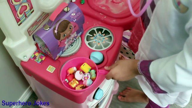 ★Doc McStuffins at McDonalds Gives Farting Bad Baby Mommy Tummy Ache CheckUp and Needle C