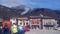 85 hectares ont brûlé à Mayres : deux canadairs effectuent des rotations