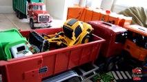 Garbage Truck Videos For Children l TOY TRUCK BATTLE Jumping Ramps l Garbage Trucks Rule-SLRJ