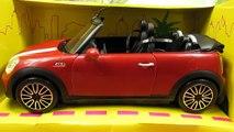 Barbie and Ken My Cool Mini Cooper Convertible / Samochód Kena Kabriolet Mini Cooper - W31