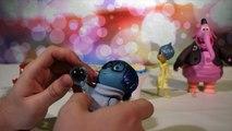Les jouets Vice versa du dessin animé Disney Pixar voyagent dans lespace! Bing Bong et se