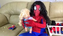 Spiderman vs Frozen Elsa - Nerdy Spiderman Meets Nerdy Elsa! w_ Joker & Batman - Funny Superheroes-iSW5cCSR
