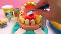 Tandarts boort in zilveren tanden - Play Doh Dr. Wiebeltand en Playmobil tandarts - geen a