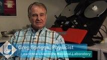 Un physicien de l'arme nucléaire déclassifie les films d'essais nucléaires sauvés