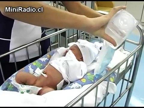 Mudando al Recién Nacido Facemama.com