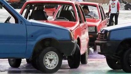 Les russes lancent une compé de Car Curling