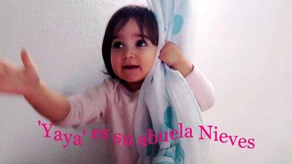 Gabriela se esconde tras la cortina | Gabriela hides behind the curtain | Diario de Gabri y Eli