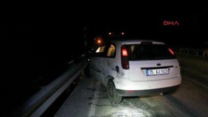 Antalya Bariyere Çarpan Otomobilin Sürücüsü Öldü