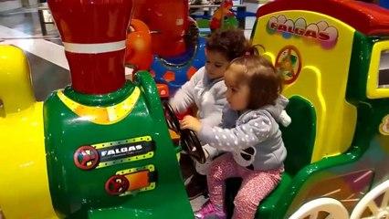 Parque infantil para niños | playground for children | Diario de Gabri y Eli