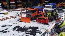 BRUDER toys SNOW tractor crash! Video for kids-_K