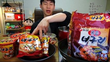 BANZZ▼ Newly Released NongSim Sitr-fried Neogoori noodle Mukbang 밴쯔▼ 농심 신제품 볶음너구리 먹방!