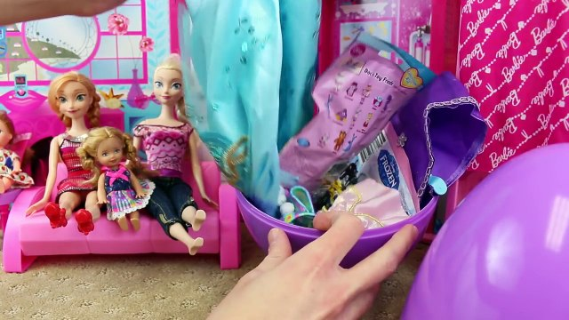 Surprise Eggs & Surprise Toys DOLLHOUSE ❤ Shopkins Frozen Elsa Barbie DisneyCarToys