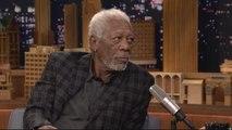 Morgan Freeman donne à Jimmy Fallon des conseils de blues - The Tonight Show du 27/03 - CANAL+