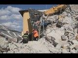 Castelluccio di Norcia (PG) - Terremoto, rilievi per agibilità edifici (28.03.17)