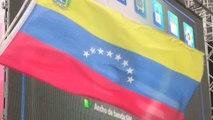 """Simpatizantes del chavismo marchan en Caracas contra sesión OEA y los """"enemigos de la patria"""""""
