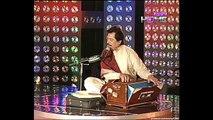 Very Sad Urdu Ghazal of Attaullah Khan Esakhelvi live in Mehfil E Moseeqi