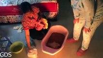 Gia đình sóc - Tập 4 Bà ngoại tắm cho bé