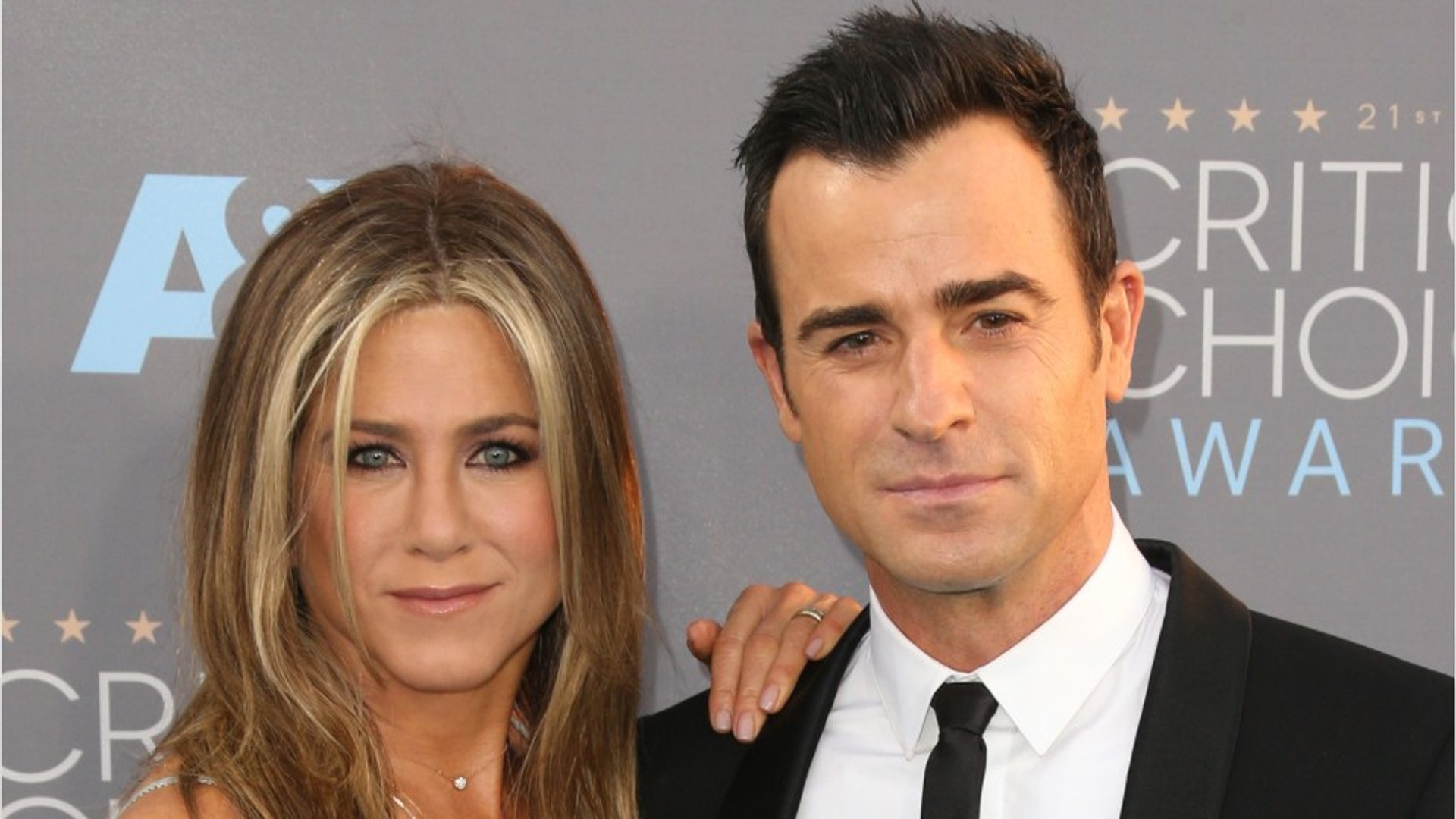Justin Theroux Dishes On The Benefits Of His Secret Wedding