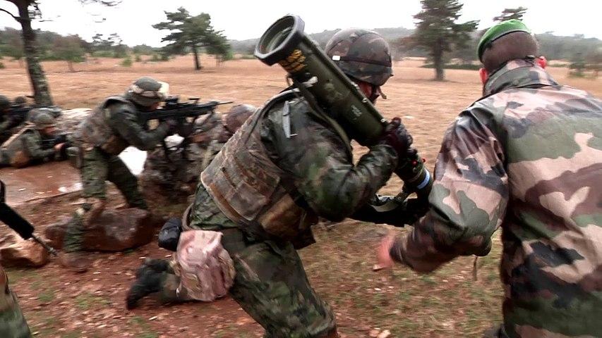 La Légion étrangère française s'entraîne avec la Légion espagnole La Cavalerie mars 2017. (VF)