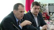 Dëshmitari këndon himnin dhe akuzon Nokën për përgjime - Top Channel Albania - News - Lajme