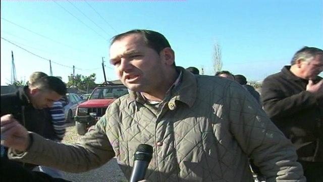 Lezhë, banorët kundërshtojnë rrugën: Do të përmbytemi - Top Channel Albania - News - Lajme
