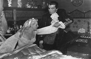 Il mistero del castello nero - 2/2 [The Black Castle] (1952 horror film Ita) Boris Karloff Lon Chaney Jr.