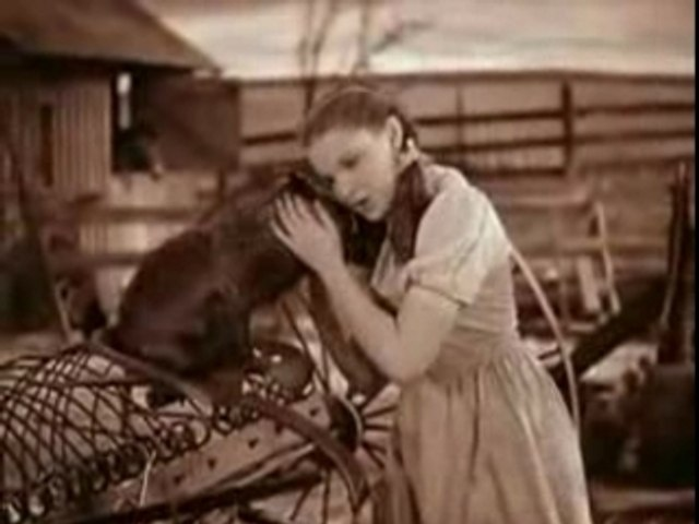 Judy Garland - Over the Rainbow extrait du magicien d'Oz