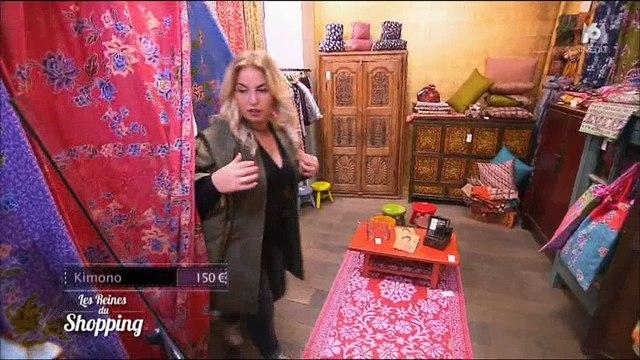 """Une candidate des """"Reines du shopping"""" sur M6 enfile... un kimono ! Regardez"""