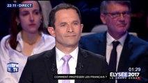 """""""Vous êtes toujours d'accord avec tout le monde"""", lance Asselineau à Macron"""