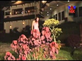 Ria Amelia - Aku Kecewa [Official Music Video]