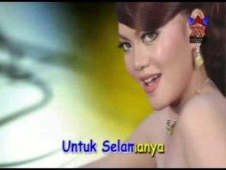 Ria Amelia - Pangeran Cinta [Official Music Video]
