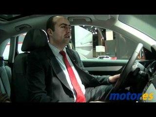 Joan Massallé, Jefe de Producto Audi Q3, presenta el Stand del Salón del Auto. Barcelona 2011