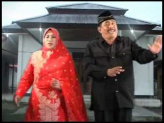 Faraida S AG & H Umar Said - Pembangunan [Official Music Video]