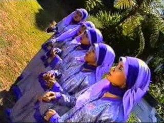 Zuhriyah Nada - Perbedaan Itu Rohmat [Official Music Video]