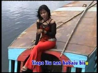 Dona Halimah - Baju Biru [Official Music Video]