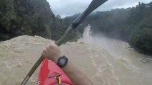 Chute en Kayak dans une cascade ! Peur de sa vie